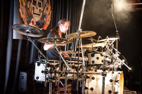 Daniel Martens - Drums